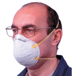 3M Respirator Unvalved FFP1 Classification White with Yellow Straps Ref 8710E - Pack 20